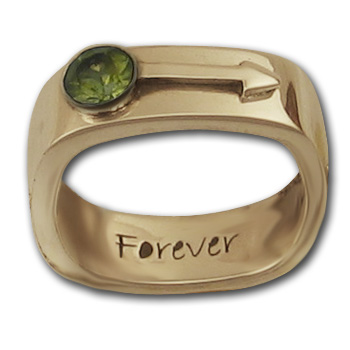 Male Insignia Ring in 14K Gold