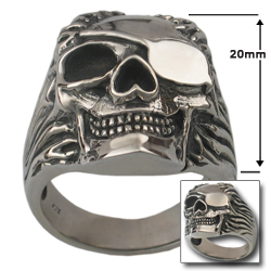 Pirate Skull Ring in .925 Sterling Silver