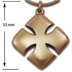 Maltese Cross Pendant in 14K Gold