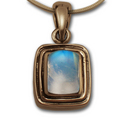 Moonstone Pendant in 14k Gold