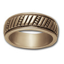 Striking Band Ring in 14k Gold
