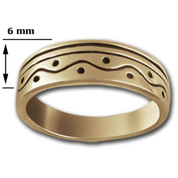 Tapered Ring in 14k Gold