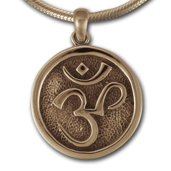 Om Pendant in 14k Gold