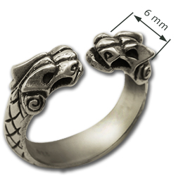 Griffin Ring in Sterling Silver