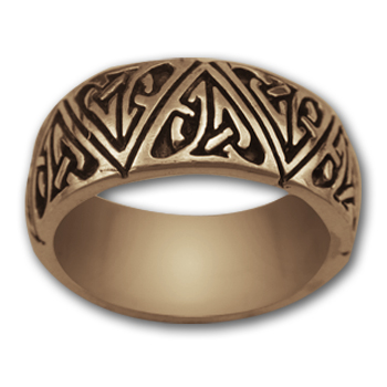 Celtic Band Ring in 14k Gold