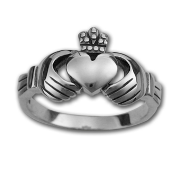Lg Claddagh Ring in Sterling Silver