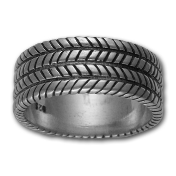 Tread Ring in Sterling Silver