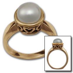 Pearl Ring in 14k Gold